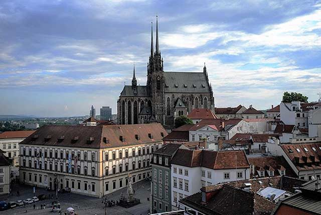 Ciudad-Brno-catedral-Pedro-ok