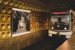 """Foto Transporte Público de Praga (DPP). Exposición """"Arte detrás de la línea"""""""