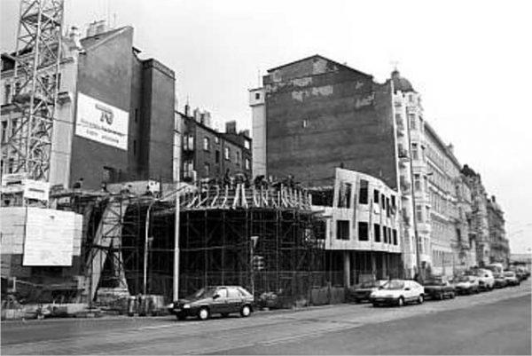 Visita la Casa Danzante, foto en construcción