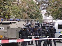 carro-antidisturbios-policia-praga