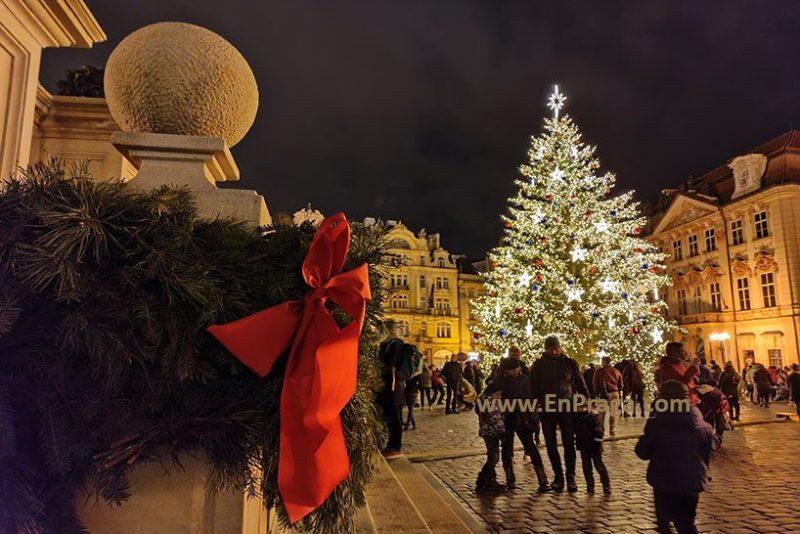 arbol-navidad-praga-2020-prague